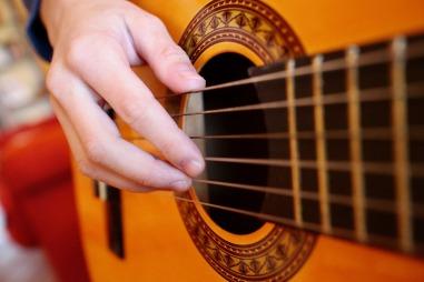guitar-1990137_1920